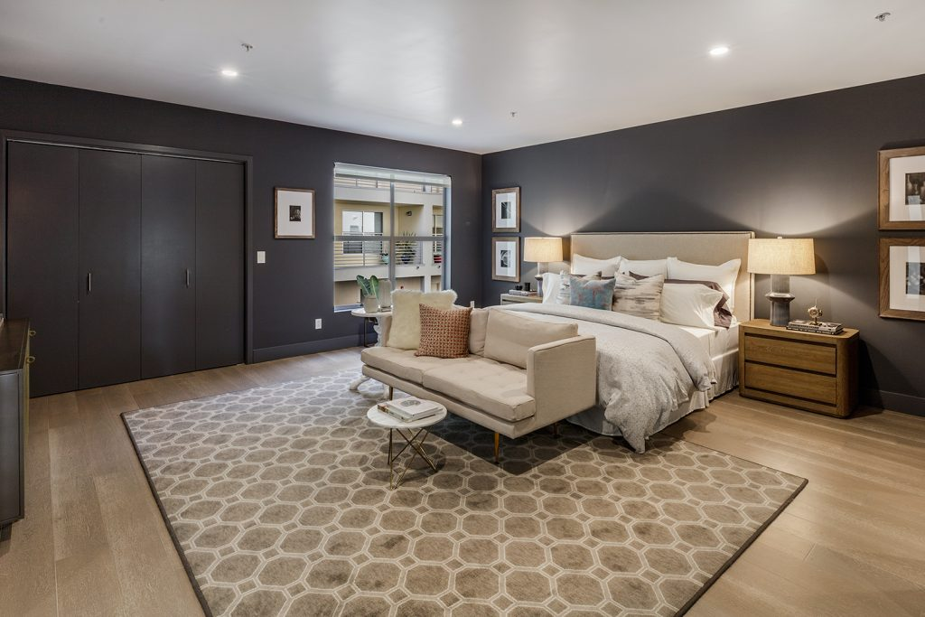 320 Alabama Master Suite